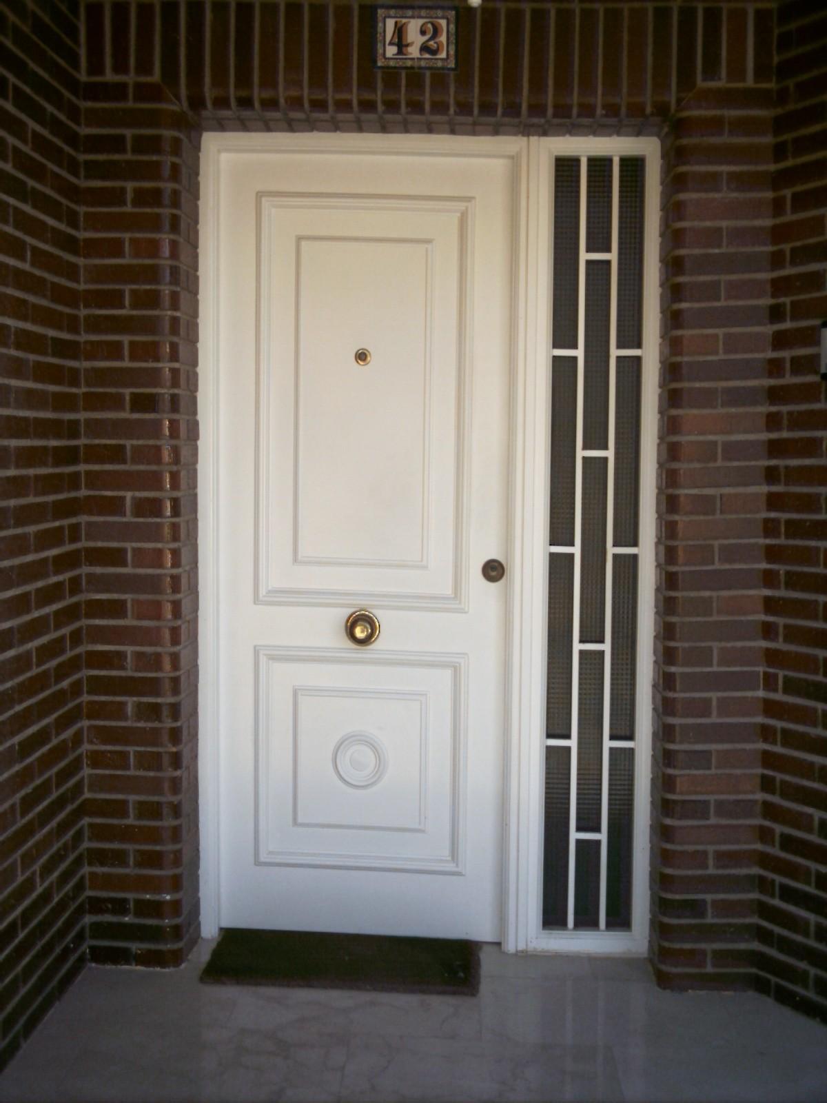 Fotos de puertas metalicas para casas latest perfect top for Puertas metalicas para casa